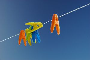 Make Better Use Of The Sun's Heat And Light – Hang Your Wet Laundry To Dry Using Retractable Clothesline