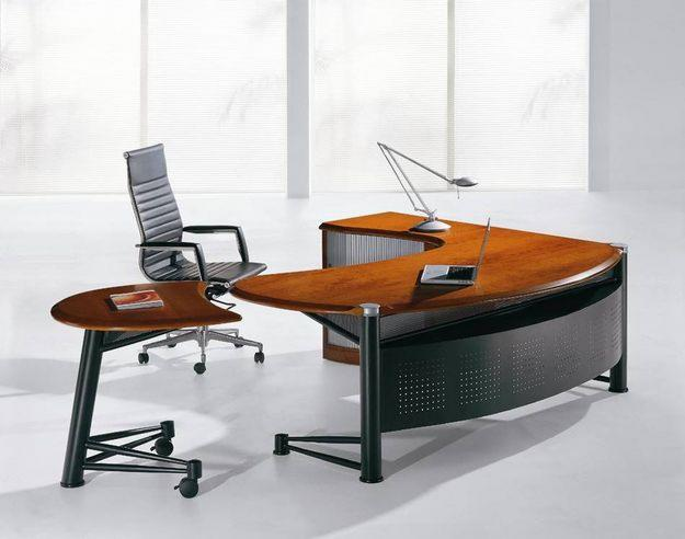 How to Buy the Perfect Executive Desk for your Office